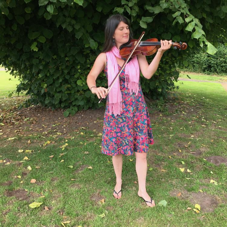 Sarah Fiddle for your Wedding