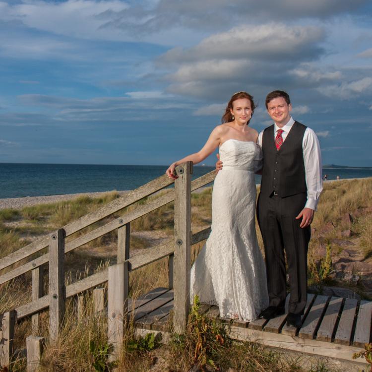 Small Beach Wedding Ideas: Small And Intimate Weddings